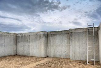 concrete foundation retaining wall